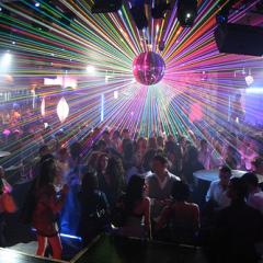Listado de canciones imprescindibles que tienen que sonar en toda fiesta discotequera revival 90's que se precie de serlo