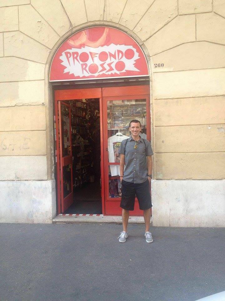 """""""Profondo Rosso"""", la tienda para fans del cine de terror italiano"""
