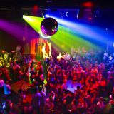 Listado de canciones imprescindibles que tienen que sonar en toda fiesta discotequera revival 90's que se precie de serlo (III)